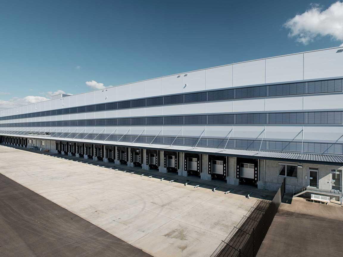 distributionszentrum mit verwaltungsgebäude filderstadt