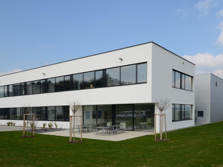 neubau verwaltungsgebäude mit lagerhalle ravensburg