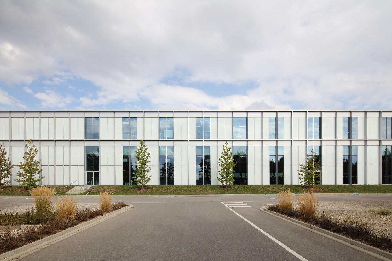produktions- und logistikzentrum mit hochregallager laupheim
